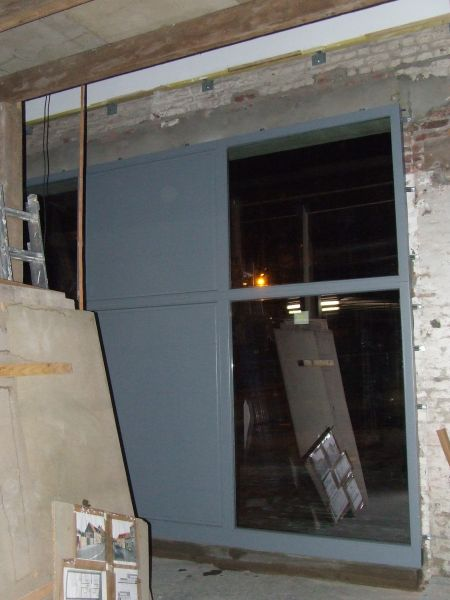 Un hangar un loft un projet for Fenetre hangar