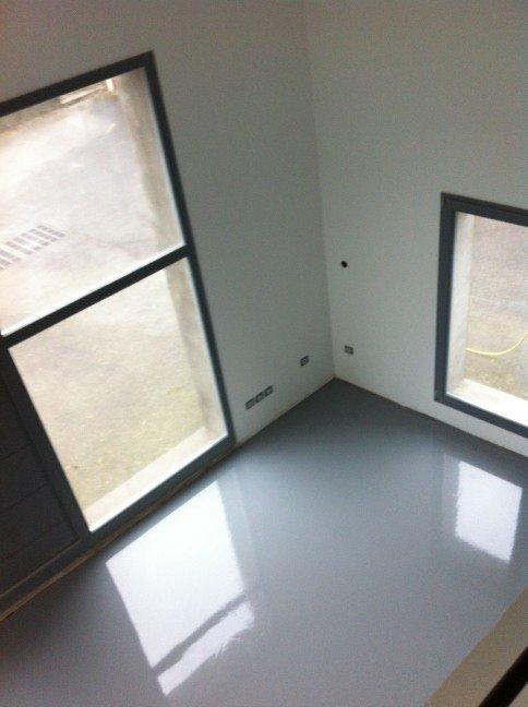 un hangar un loft un projet plancher chauffant. Black Bedroom Furniture Sets. Home Design Ideas