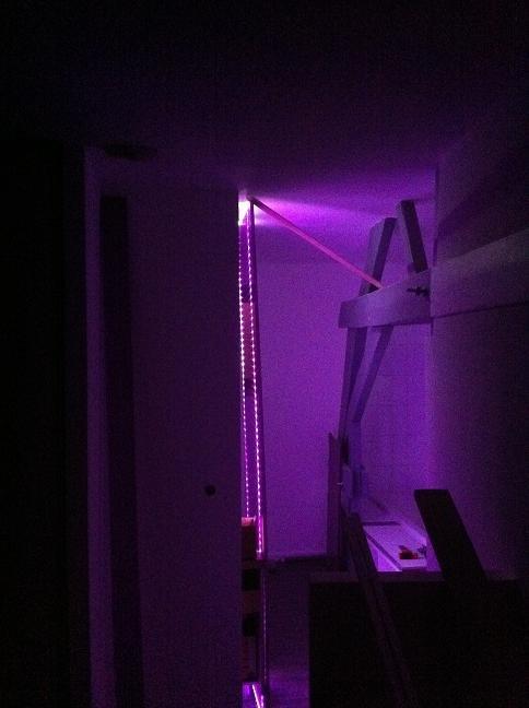 un hangar un loft un projet lumi re. Black Bedroom Furniture Sets. Home Design Ideas